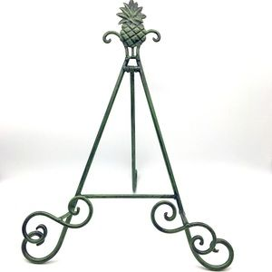 Metal Green Easel with Pineapple Accent